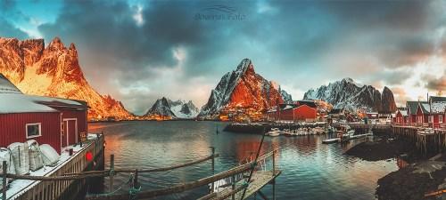 Lofoty o świcie Budzi się dzień /Norwegia