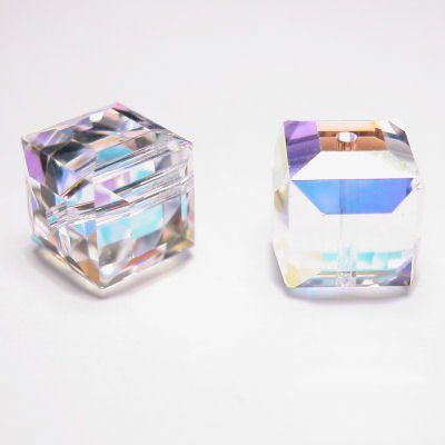 swarovski kubus 8 mm crystal AB