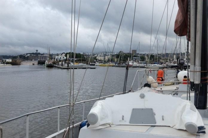 Jachtařský přístav v Cherbourgu.