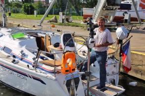 Zdeněk na své lodi