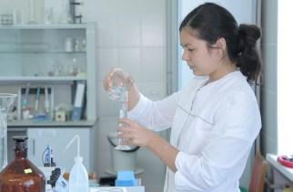 В лаборатории не интересуются содержанием веществ - либо есть, либо нет