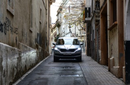 Российская Skoda Kodiaq: парадоксальный тест в Каталонии