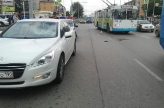 Виновен ли водитель Peugeot в наезде на пешехода-камикадзе?