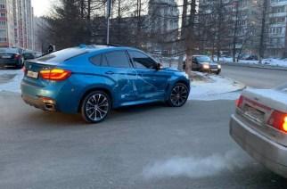 BMW не уступил, но виновным сделали водителя Renault. Кто прав?