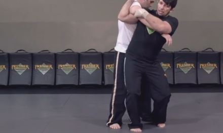How to perform a shoulder throw