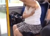 Žena usred autobusa izvadila brijač iz torbe i uradila nešto zbog čega je svima muka!