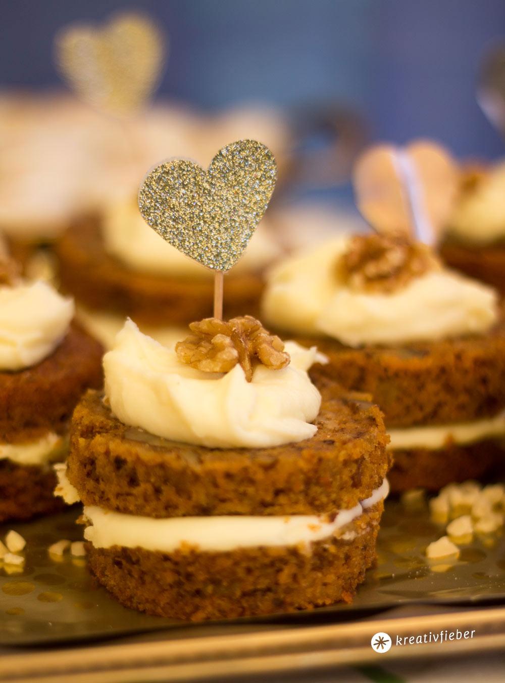 DIY Goldene Caketopper fr den Sweet Table  Hochzeitsdeko