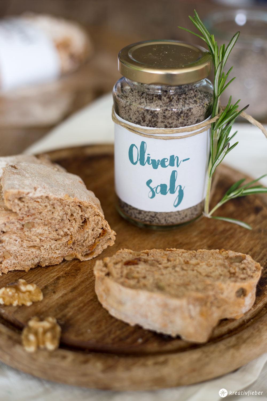 DIY Olivensalz  Mitbringsel und Gastgeschenk Idee