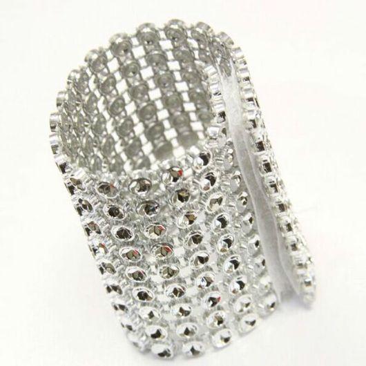 Diamantová spona z aliexpressu