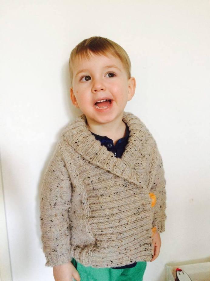 Minibrabčák se svým novým svetříkem
