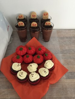 Muffiny a mousse na Halloween