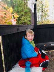 Nebyla taková zima, ale minibrabčák nedbal rad maminky a spadl do rybníku:D