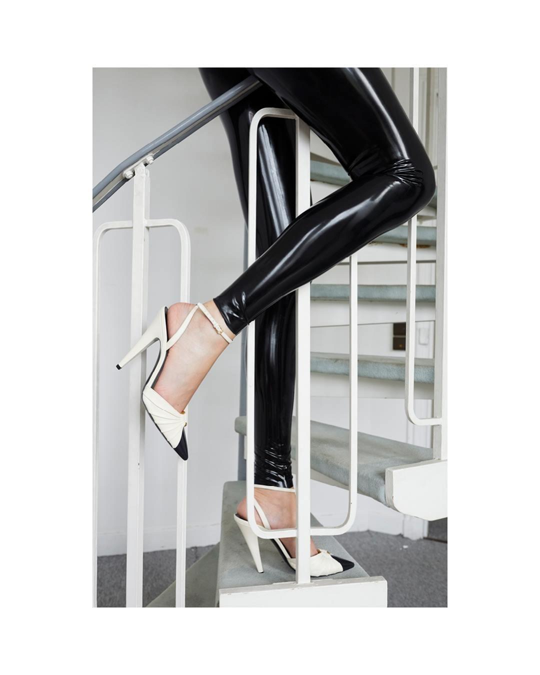 sepatu-high-heels-saint-laurent