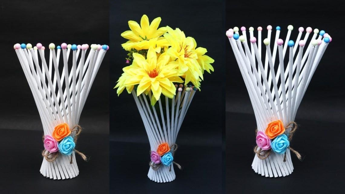vas-bunga-dari-koran