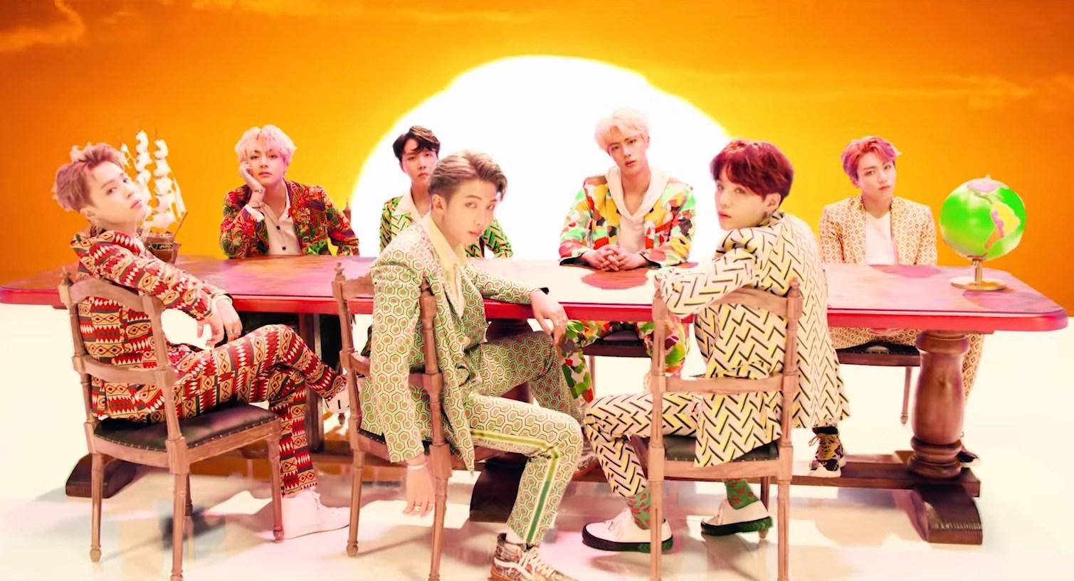 BTS-MV-idol