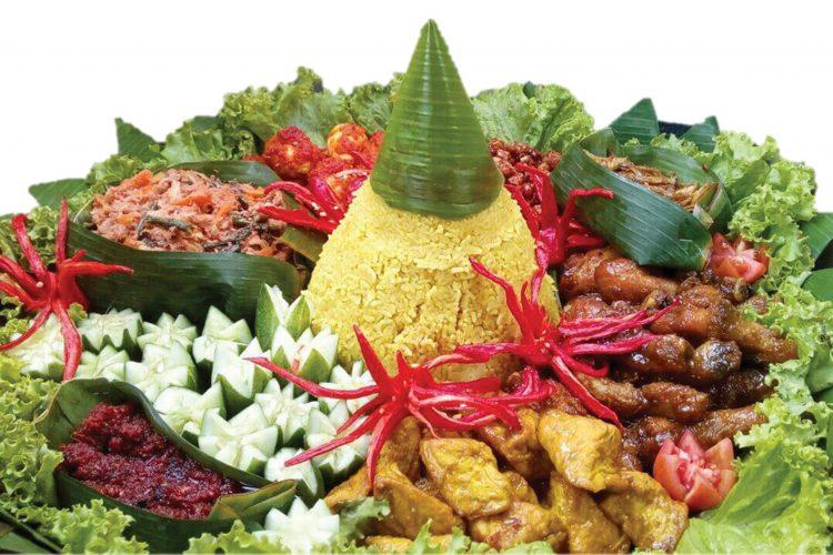 hiasan nasi kuning