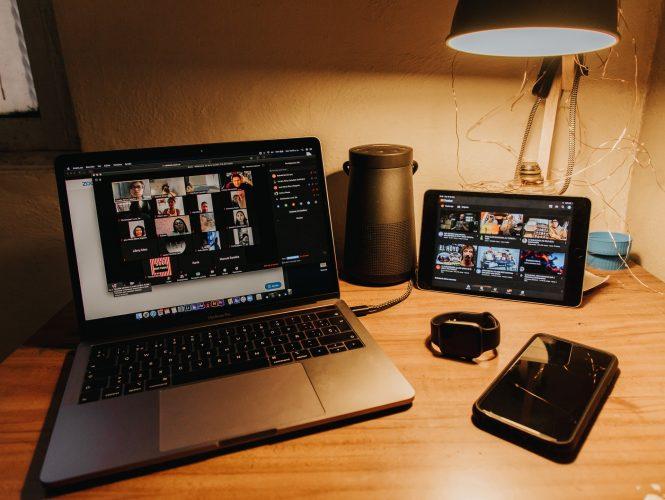 penempatan smartphone sebagai webcam