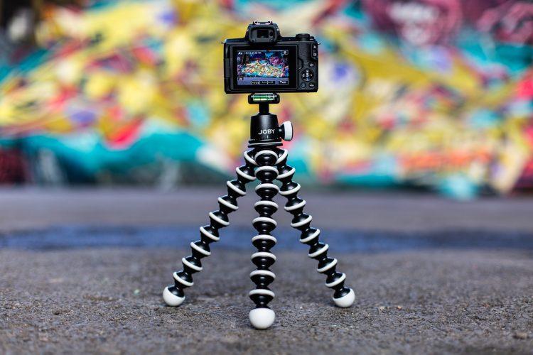 pengunaan tripod kamera