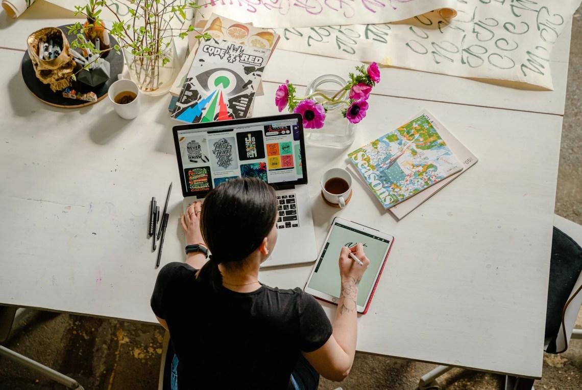 pekerjaan untuk introvert Desainer Grafis