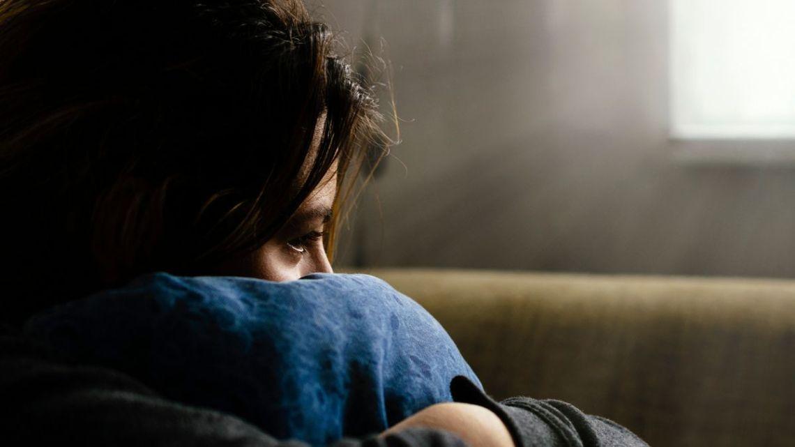 Terlalu Takut Merasa Sendiri dan Kesepian