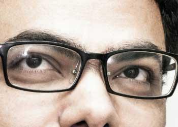 pakai-kacamata