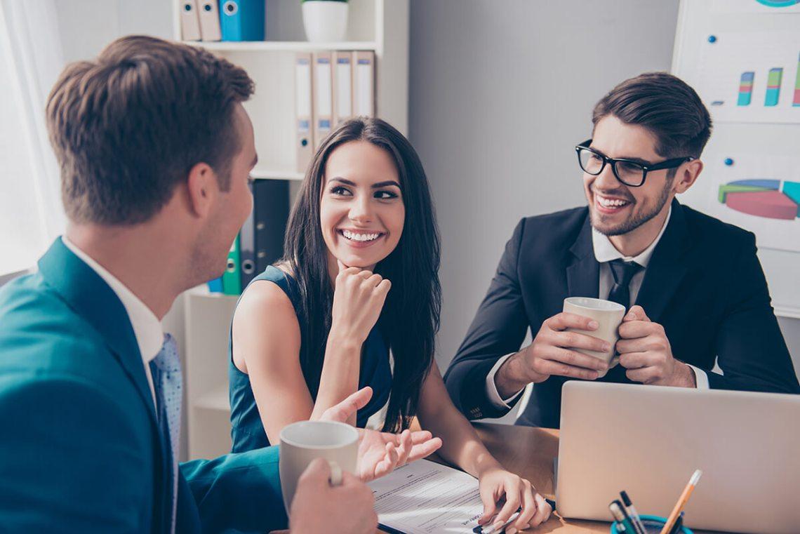 Cari Tahu Apa yang Memotivasi rekan kerja yang lebih tua