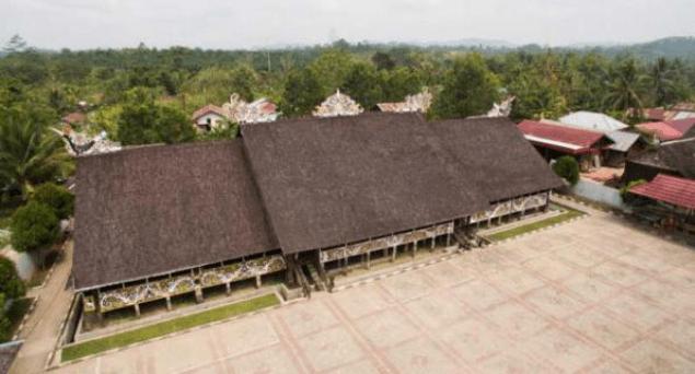Desain Interior Suku Dayak