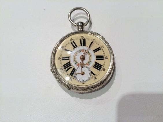 Salzburger Uhrenpflege und Wissen Juwelier KREMO kreativ modern Salzburg