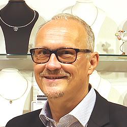 Angebote bei Rainhard Maria Damisch Uhren Schmuck Juwelier KREMO kreativ modern Neutorstrasse 5020 Salzburg 250x250