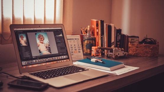 Software Desain Grafis untuk Logo Software Desain Grafis untuk Logo - ditulis oleh Krepito: Desain, Pembuatan Website, Jasa SEO dan Maintenance Website