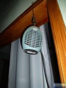 Elektrisch geladene Fliegen-Lampen