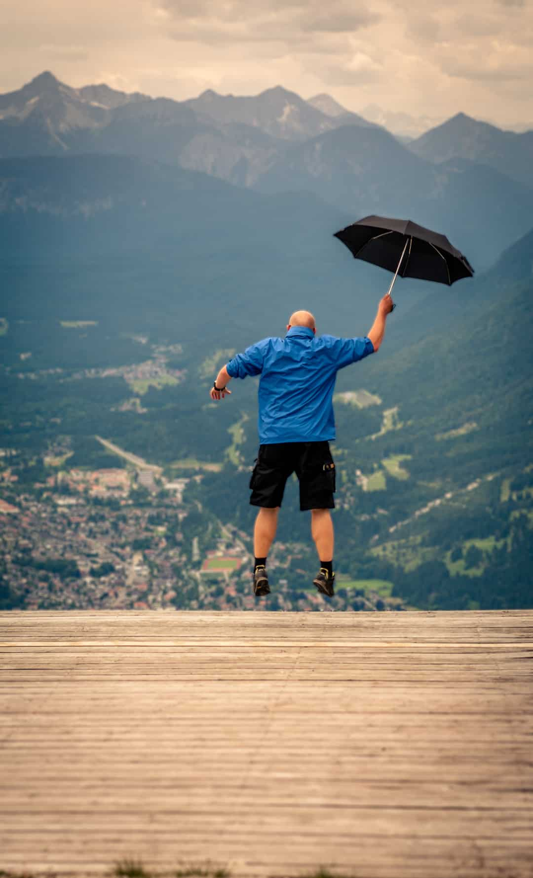 """Paraglide Startramp on Mount """"Wank"""""""