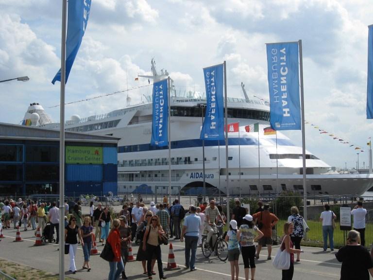Kreuzfahrthafen Hamburg, Kreuzfahrt Begeistert, Portguide, Hafenführer, Kreuzfahrtblog, Ausflüge in HamburgKreuzfahrt Begeistert Kreuzfahrt-Portal