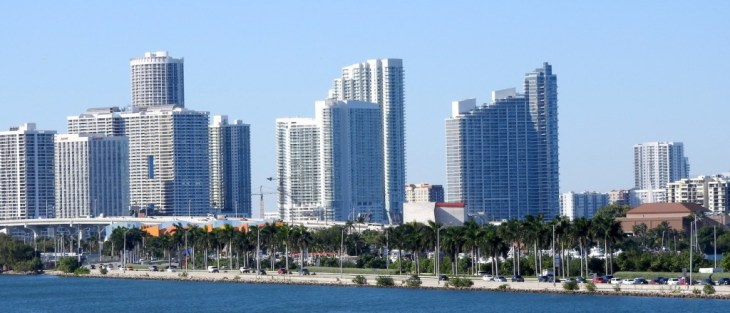 Die Skyline von Miami vom AIDAvita aus gesehen.