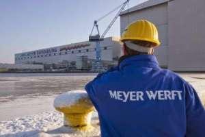 Meyerwerft Turku: Entlassungen
