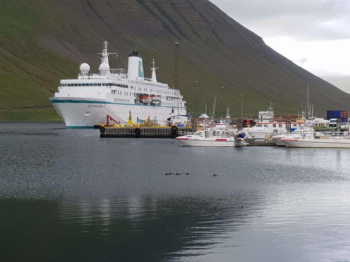 MS Deutschland Teil 3 - Islands urwüchsige Schönheit