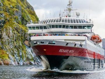 Foto: Robert Cranna / Hurtigruten Norwegen
