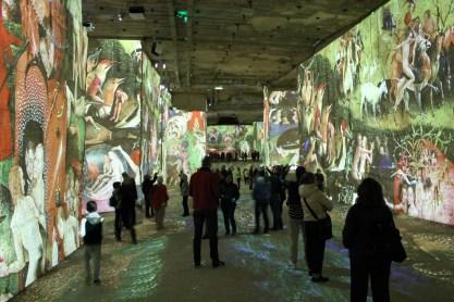 Media Show in der Steinbruchhöhle