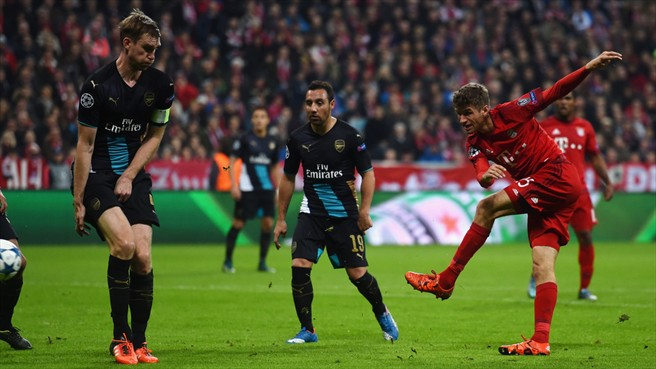 Bayern Munich overwhelm Arsenal