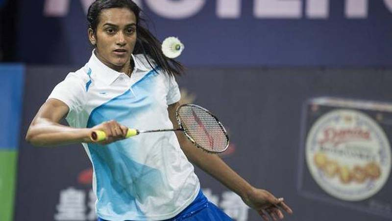Saina Goes Down Fighting But Sindhu Labors Through to Semifinal of Hong Kong Open