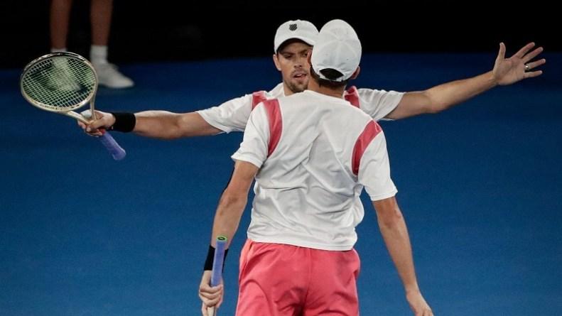 Nadal Passes Acid Test by Beating Dimitrov to Set Up Federer Clash on Sunday