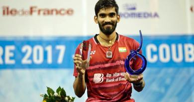 Super Srikanth does it again!