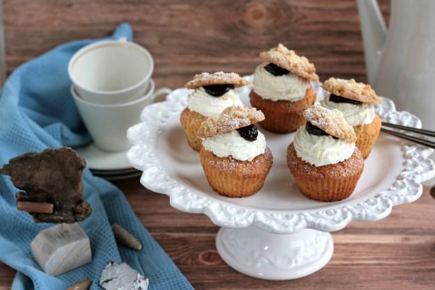 Cupcakes krimiundkeks Pflaumenmus Streusel Friesentore