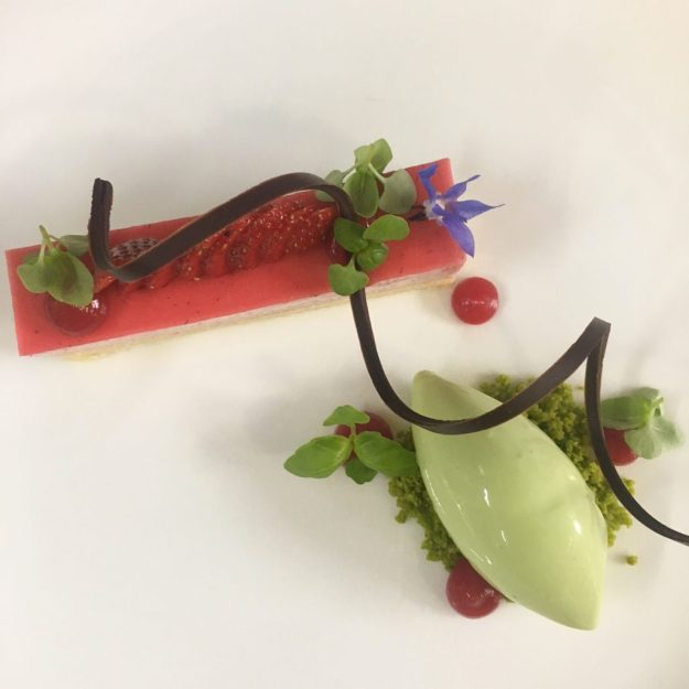 Erdbeer Dessertkurs Eric Lehr Vila Vita Hofgut Dagobertshausen krimiundkeks #vilavitaerdbeere