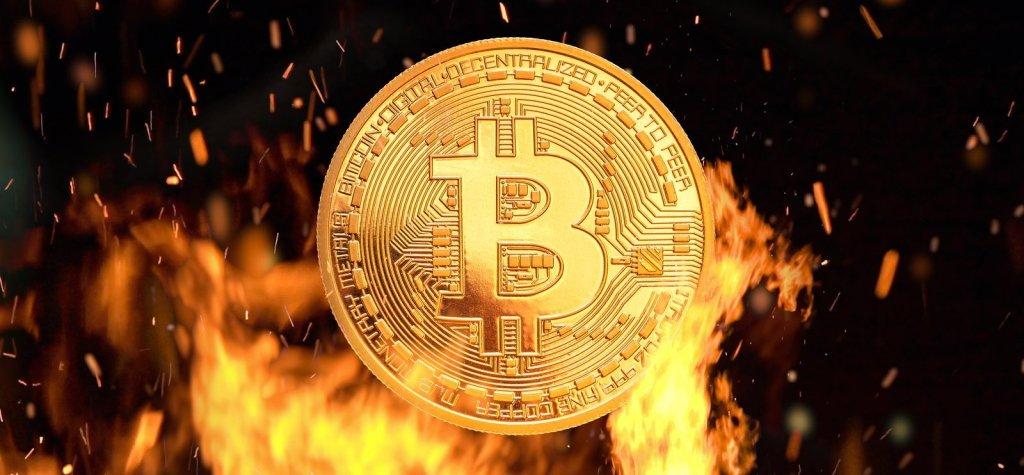 """""""Gümüş Astarlı Bir Nükleer Bomba!"""" Diyen Ünlü İsimden Şaşırtıcı Bitcoin Tahmini"""