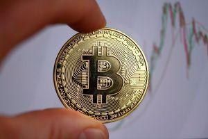 nokta atisi bitcoin ve ripple tahminleriyle unlenen 2 analistin tahminleri