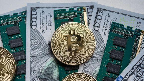 Bitcoin Yılın Rekorunu Kırarken Traderların Sıradaki Hedefi 15.000 Dolar