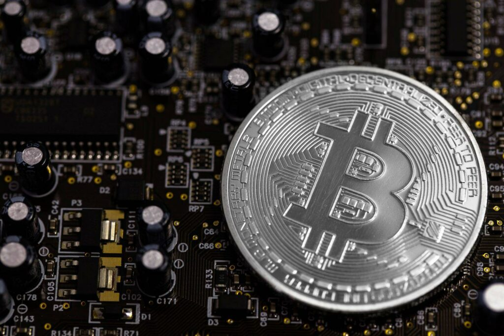 Satoshi Nakamoto Döneminden 12 Milyon Dolarlık Bitcoin Harekete Geçti