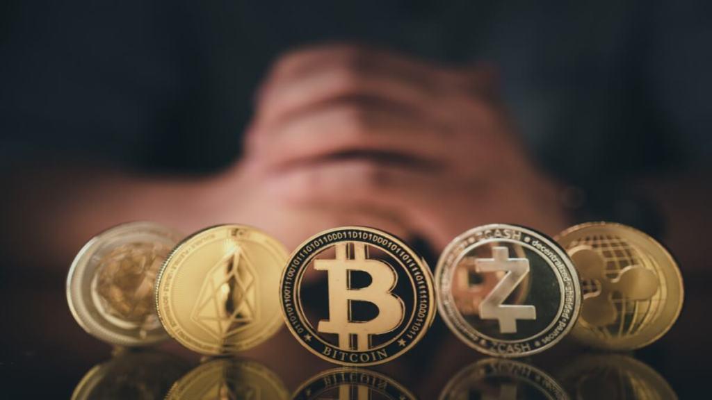 Usta İsimler Bitcoin ve Altcoin Piyasasını Yorumladı! İşte Kritik Tahminler...