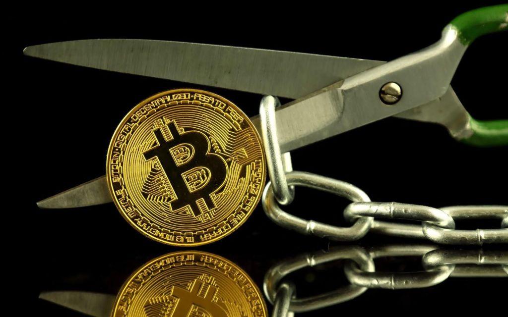 """Bitcoin'deki Büyük Düşüşleri Öngören Analist Uyardı! """"Ölümcül Hata, Balinalar..."""""""